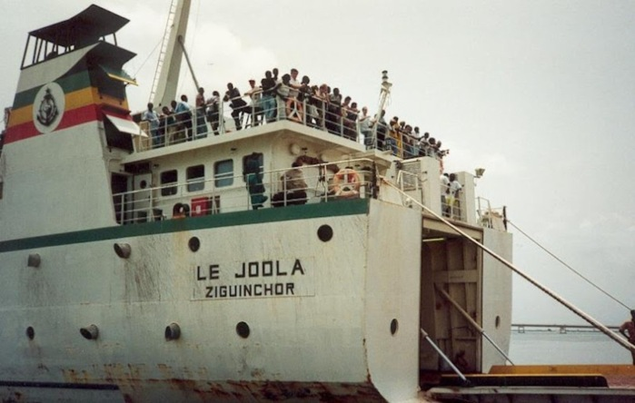 """AN 10 du naufrage du """"Joola"""" : les non-dits d'un naufrage inédit."""