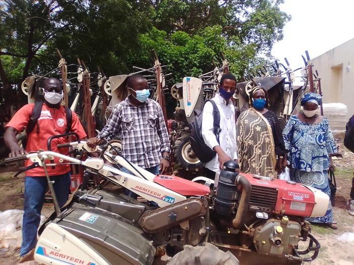 Lutte contre la covid-19 à Kolda : Renforcement de capacité des paysans en entretien du matériel agricole.