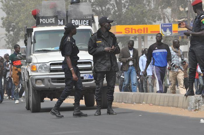 Pour juguler les agressions qui sévissent à Dakar, les forces de police se mobilisent.