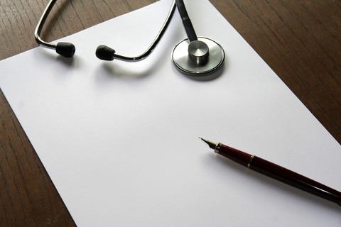 Le Conseil de l'Ordre des médecins s'insurge contre les certificats de complaisance.