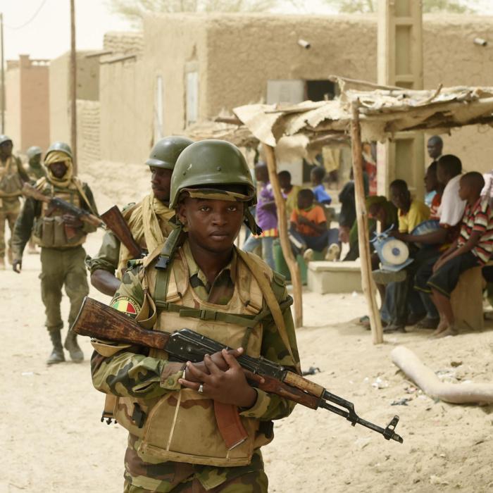 Exactions commises contre les civils dans le nord du Burkina Faso : le gouvernement dédouane les forces de sécurité et accuse les terroristes.