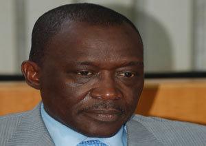 """Depuis Paris, Ousmane Masseck Ndiaye dément avoir créé un parti politique et déclare : """"Je suis obnubilé par mon état de santé!"""""""