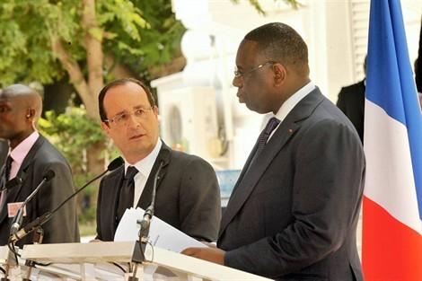 François Hollande à Dakar : des mots rien que des maux !
