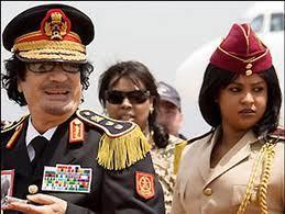 Les goûts sexuels de Khadafi font l'objet d'un livre.
