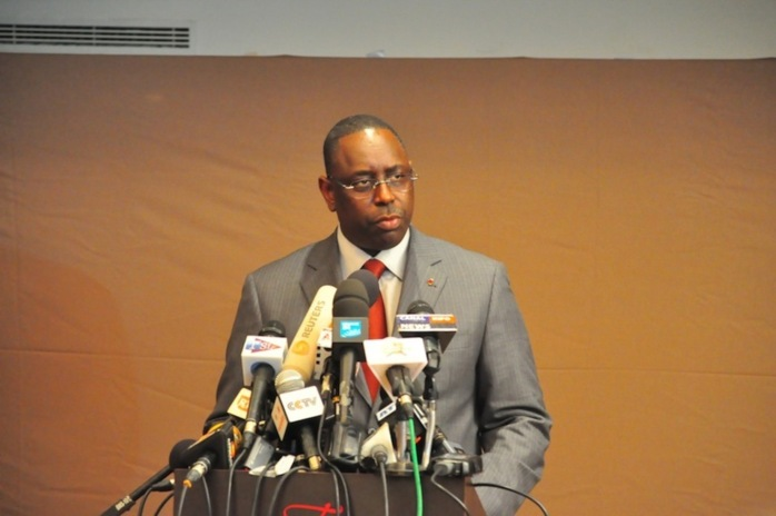 Une semaine après son arrivée au pouvoir, Macky a demandé 8 milliards de francs Cfa par décret d'avance.