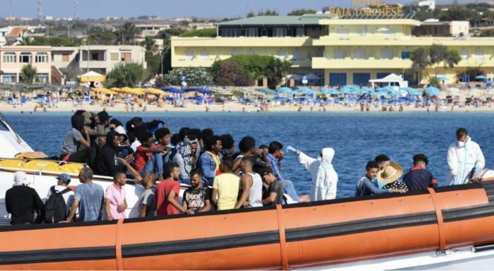 Mauritanie : naufrage d'un bateau transportant une quarantaine de migrants, un seul survivant.