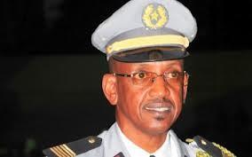 Controverse autour de la nomination du nouveau Cemga : en quatre mois, il est passé de colonel à général de division et Cemga.