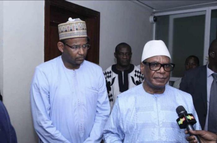 Mali : Le président de la République et son Premier ministre arrêtés par les mutins.