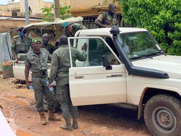 Lendemain de coup d'État au Mali :  L'Imam Dicko recoit le CNSP...