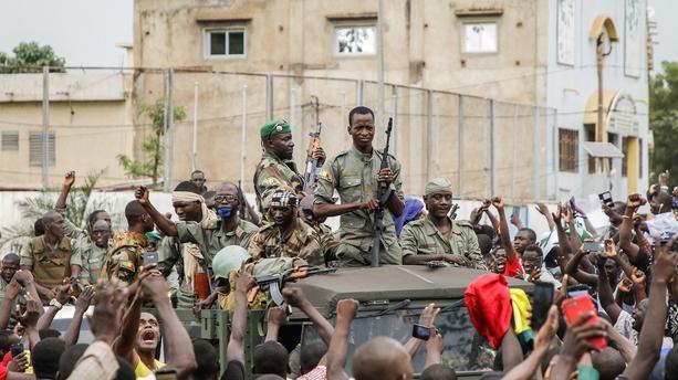 Coup d'État au Mali : L'Algérie appelle au retour à la raison pour une sortie de crise rapide.