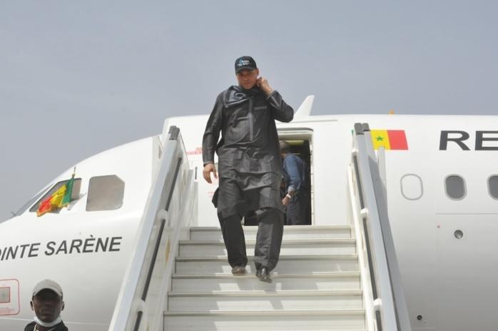 """Karim Wade revient finalement ce soir au bercail : les libéraux concoctent un accueil """"digne de son rang"""" à Me Abdoulaye Wade."""