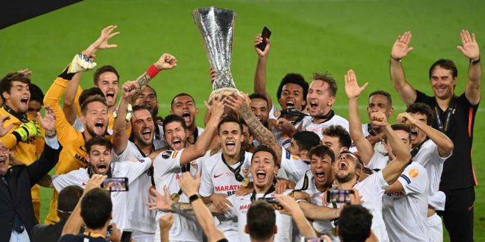 Finale Ligue Europa : Le FC Séville bat l'Inter Milan (3-2) et confirme son hégémonie en C3.