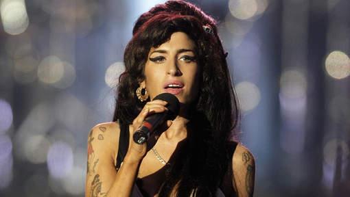 La maison d'Amy Winehouse finit aux enchères