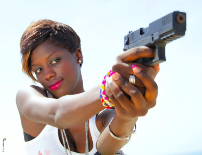 Le très réputé mannequin Aida Ndao en mode tueuse