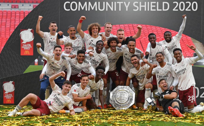 Community Shield : Arsenal s'impose devant Liverpool aux tirs au but (1-1, TAB 5-4).