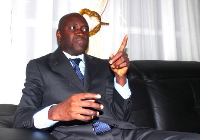 WADE, LE POUVOIR, LES PRIVILÈGES ET LES RESPONSABILITÉS ( PAR ALY NGOUILLE NDIAYE )
