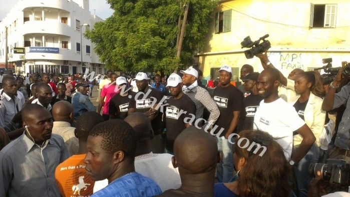 Rixe devant la gendarmerie : Abdou Aziz Mbaye, conseiller du Président Macky Sall serait derrière les jeunes de l'Apr.