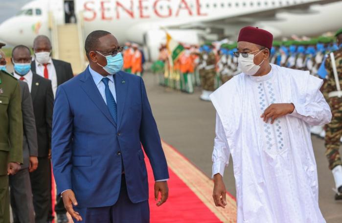 57ème session ordinaire de la CEDEAO : Le président Macky Sall est arrivé à Niamey (Niger).