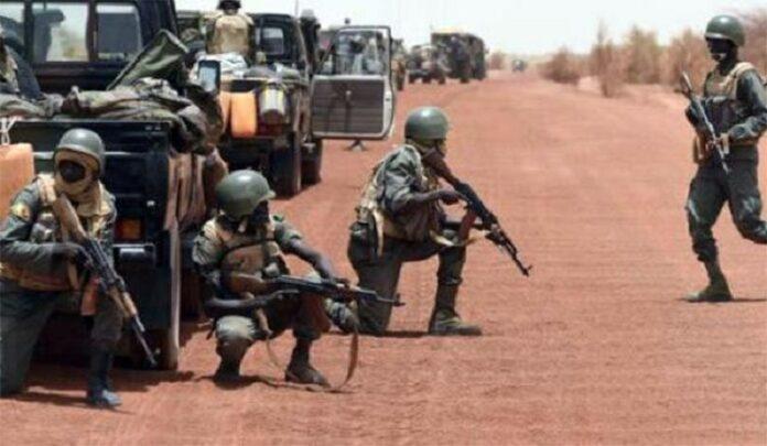 Mali : 04 soldats tués dans une attaque à Alatona.