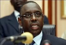 """Macky Sall """"ému"""" par la profanation d'une église à Dakar (porte-parole)"""