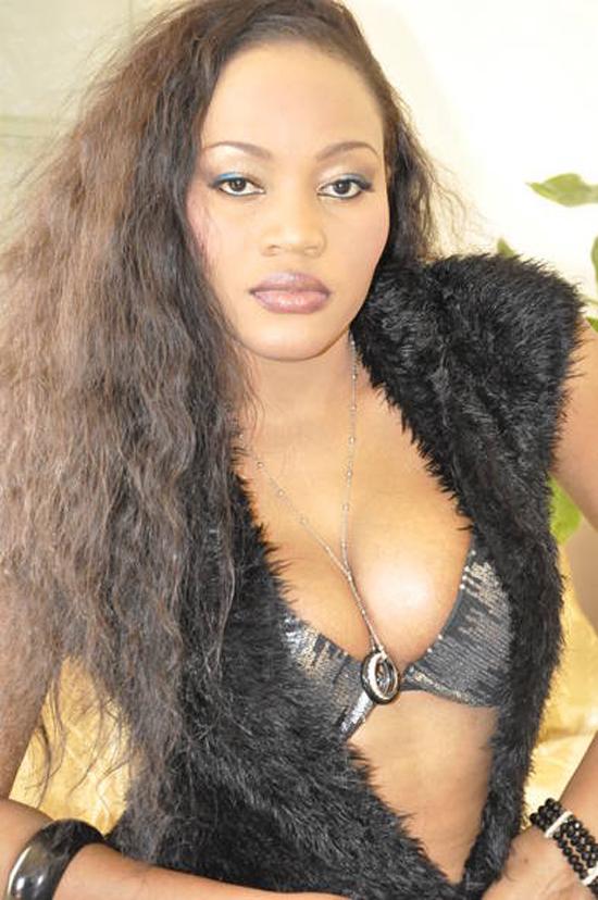 La chanteuse Mariama Ba se dévoile
