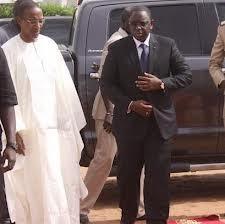Dernière minute : Macky Sall et l'ensemble du gouvernement viennent à la base militaire de Ouakam.