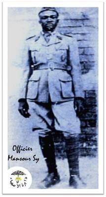 "Serigne Mansour Sy ""Borom Daara ji"" à l'époque où il faisait son service militaire."