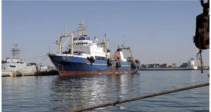Annonce du ministre des Pêches : Une enquête ouverte après un accident impliquant le navire de pêche « Soleil 7 ».