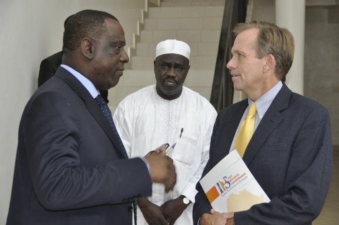 COMMUNIQUE DE L'Institut Panafricain de Stratégies : plusieurs personnalités internationales rendent visite à l'IPS.