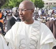 Abdoul Mbaye lâché par son véhicule !