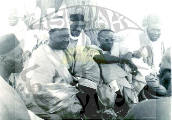 Photo inédite : Serigne Abdoul Aziz Sy Al Amine en compagnie de Serigne Mansour Sy