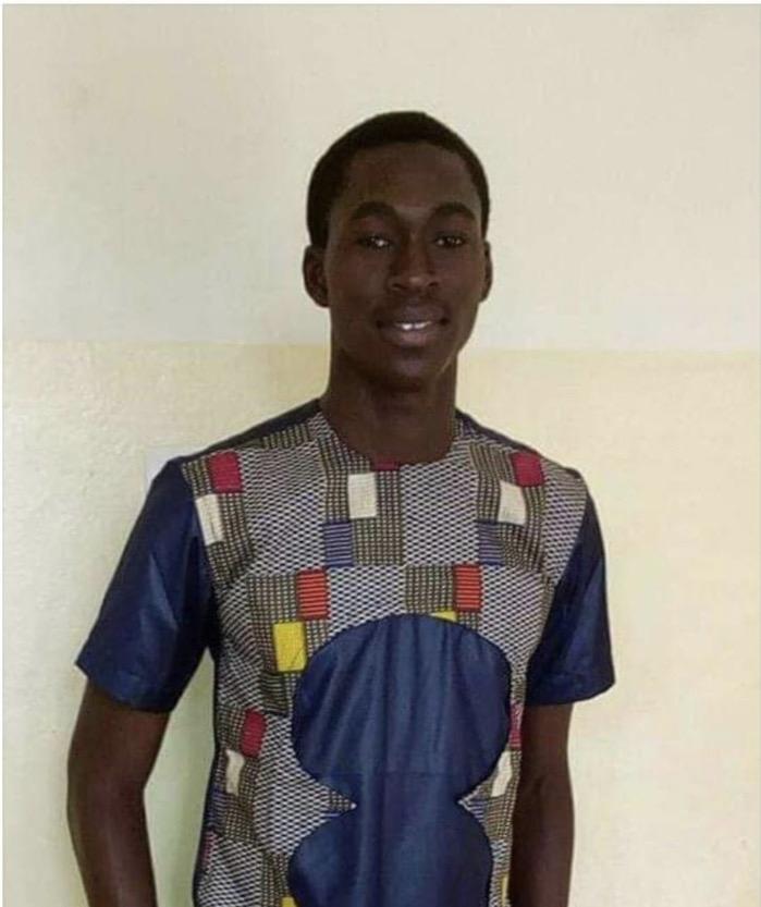 Assassiné par des agresseurs : Ahyi Joël Célestin Philippe raconté par des étudiants de l'université de Ziguinchor.