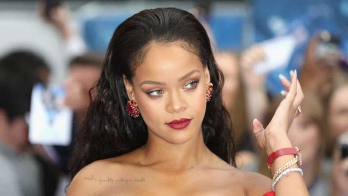 Rihanna : Le « remix » d'un hadith pour son défilé de lingerie fait polémique.