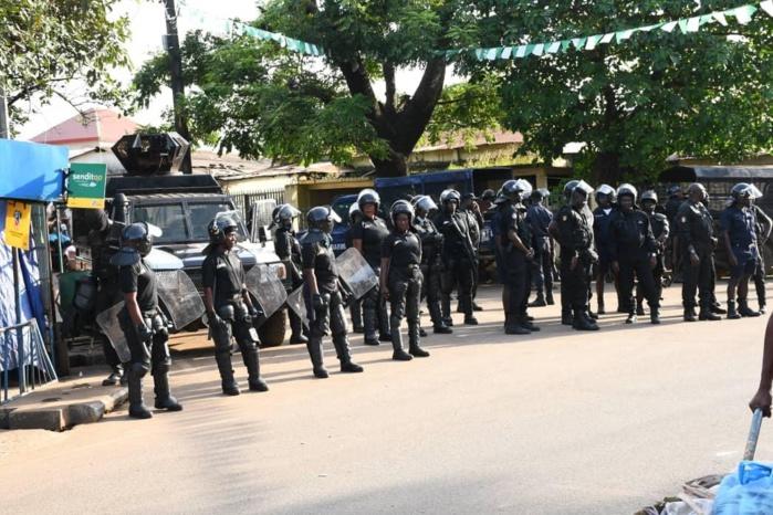 Guinée : Son domicile encerclé par les forces de l'ordre, Cellou Dalein Diallo alerte et menace.