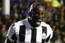 Newcastle donne son feu vert à Demba Bâ pour discuter avec Chelsea (média)