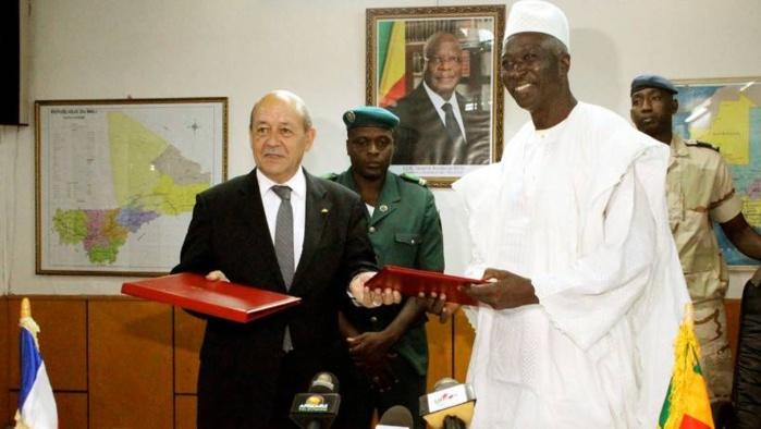 Mali : Pas de dialogue possible avec les djihadistes, selon Jean Yves Le Drian.