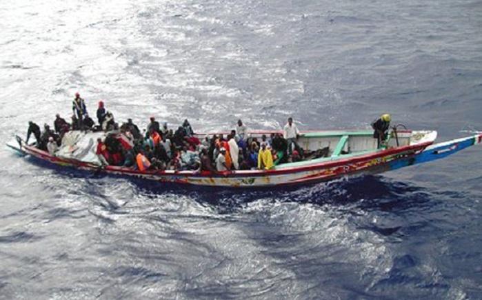 Migration irrégulière : Collision entre une pirogue et un patrouilleur de la Marine nationale, 39 personnes sauvées.