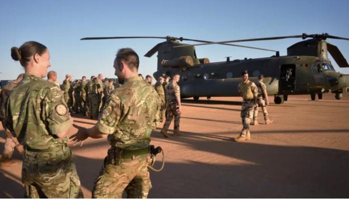 L'armée française tue plus de 50 djihadistes au Mali.