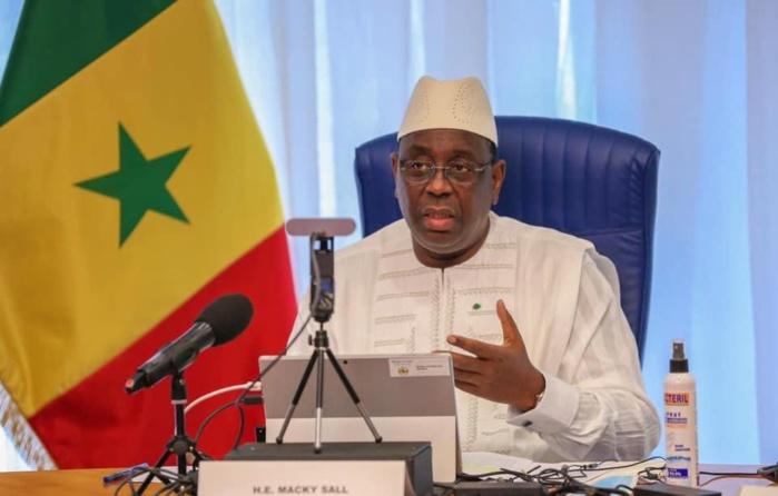 Macky II /2 : La coalition Macky 2012 s'incline devant la mémoire du Pr. Iba Der Thiam, félicite le chef de l'État et l'encourage.