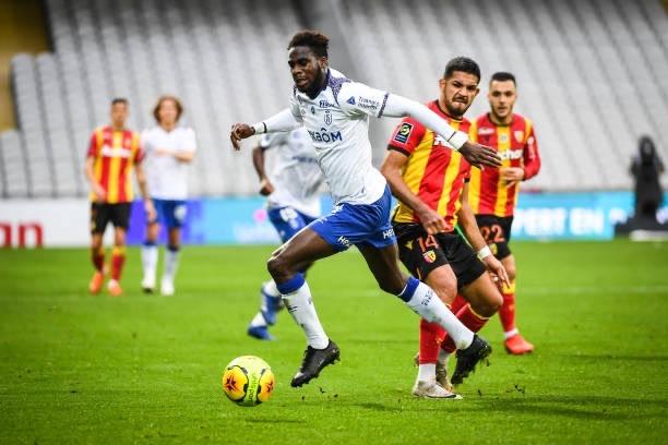Reims : Bouaye Dia claque un doublé et devient le meilleur buteur de la Ligue 1.