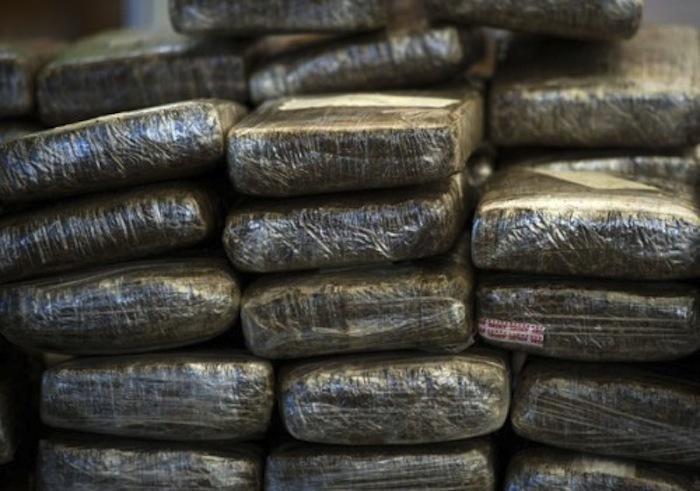 Les douaniers de Koumpentoum ont fait une saisie de 12 kg de cannabis  à Koussanar