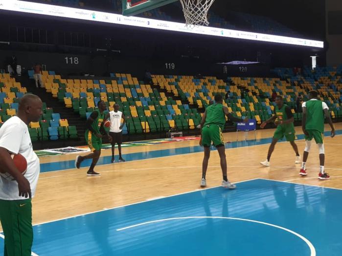 Tournoi qualificatif Afrobasket 2021 : Quatre joueurs dont Maurice Ndour et Youssou Ndoye manquent encore à l'appel, en attendant les résultats des tests Covid-19.