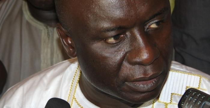 « A Rewmi, on a l'impression d'être dans une confrérie religieuse où Idrissa Seck est le marabout...» (Cheikh Diouf)
