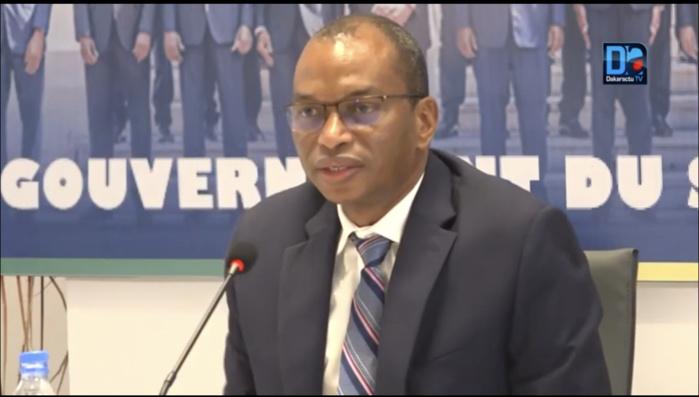 Gouvernement face à la presse : « Le ministère de l'agriculture à travers l'ANIDA a créé 30 500 emplois avec 329 fermes réalisées… le monde rural est assis sur 600 milliards… » (Moussa Baldé)