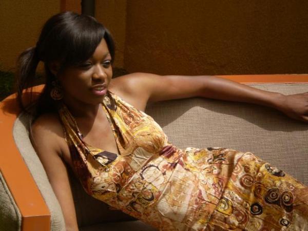 Photos: La belle Khady Ndiaye Bijou de la Tfm