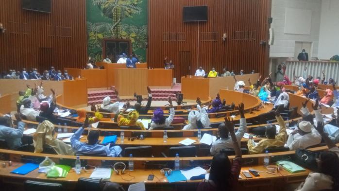 Assemblée nationale : Le projet de budget 2021 arrêté à 4589,15 milliards de francs CFA, voté majoritairement par les députés.