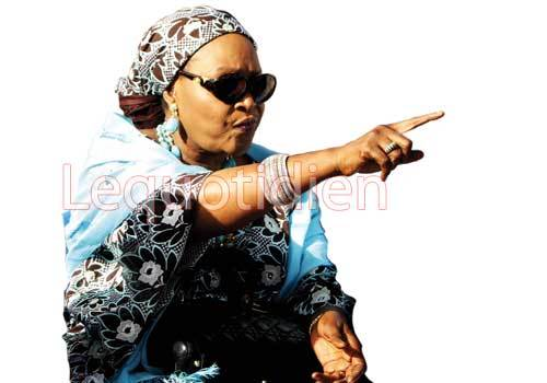 Confondue lors de son interrogatoire à la gendarmerie : Aïda Ndiongue se déchaîne sur un témoin - Elle le menace de mort, l'insulte et le gifle