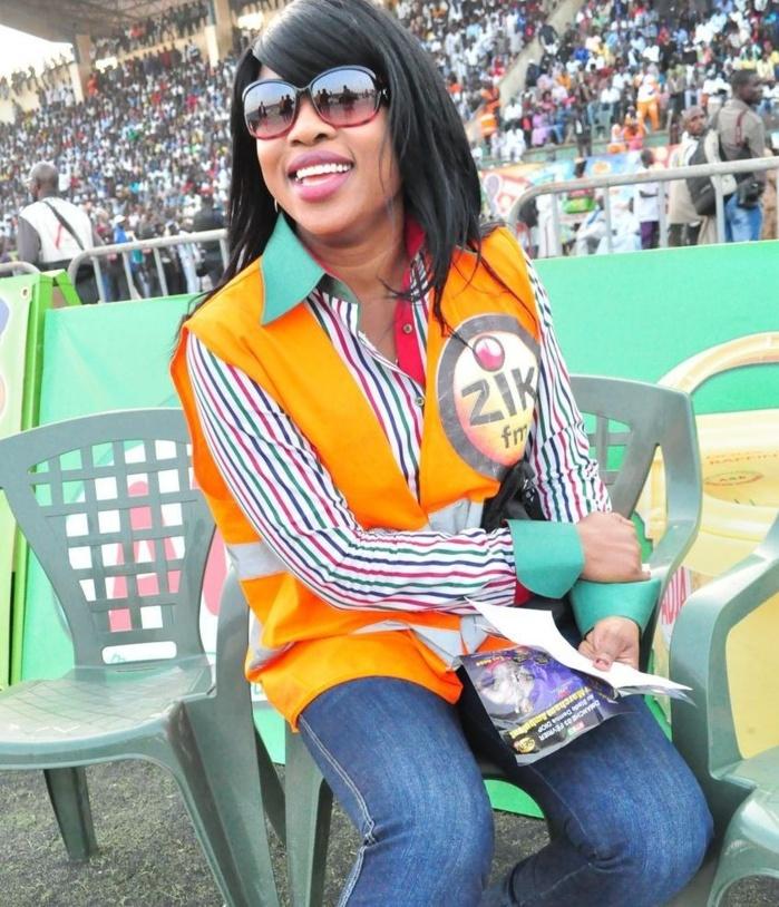 La journaliste Adja Biteye de Canal Info est partie à Zik FM
