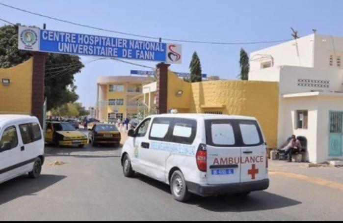Hôpital Fann : Un douanier à la retraite meurt dans une ambulance, faute de prise en charge diligente.
