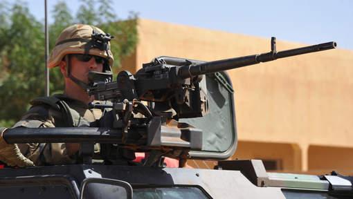 """Mali: début de retrait des troupes françaises """"à partir de mars"""""""
